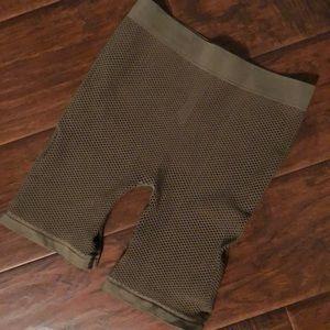 Mesh biker shorts